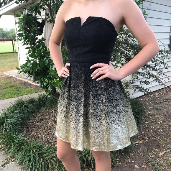 B. Smart Dresses   Skirts - Beautiful black   gold semi-formal strapless  dress 5ce6f340d